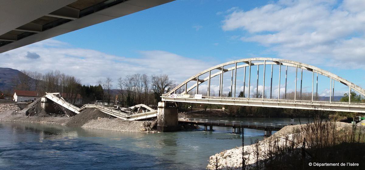 Saint Quentin sur Isère - Démolition de l'ancien pont
