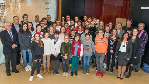 Conférence sur le Climat le 26 janvier 2018 - Photo de groupe avec des collégiens