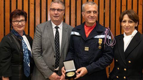 Nouvelle medaille-Departement-jacques-colombier