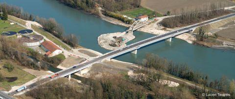 Vue aérienne des travaux du pont de Saint-Quentin-sur-Isère