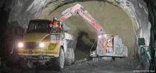 Travaux du tunnel du Chambon - Phase d'évacuation des matériaux